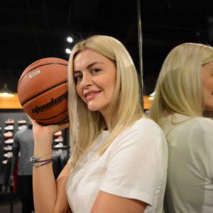 Јелена Антиќ: Македонска кошаркарска принцеза
